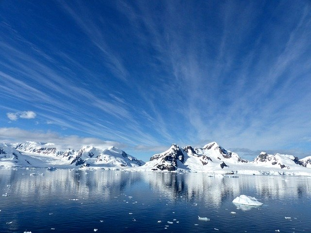 antarctic-and-arctic-resource01