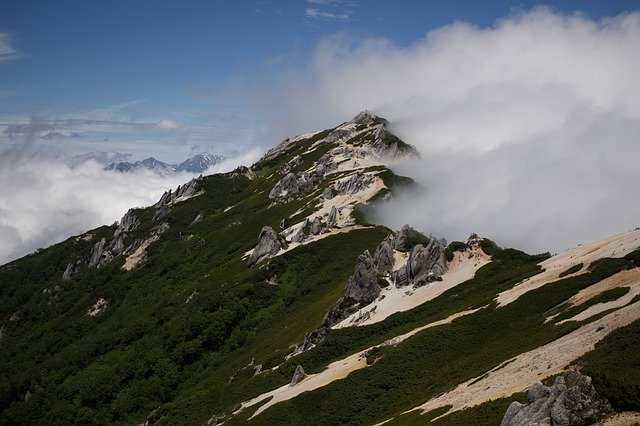 about-mountains-02
