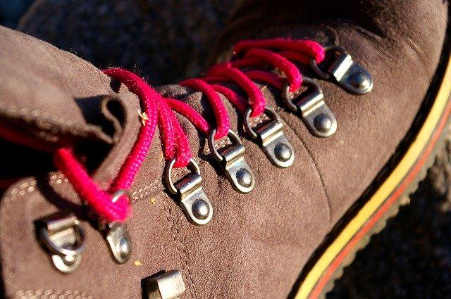 trekking-shoes-04